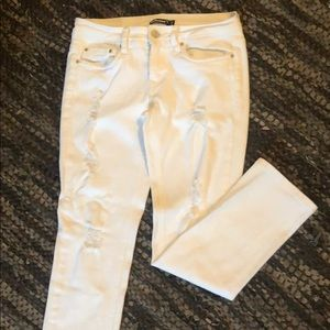 Dollhouse white distressed jeans